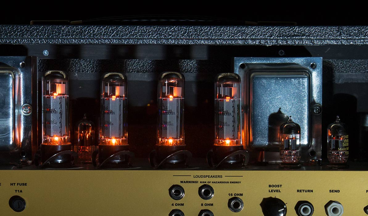 Stoneham's specialist amp circuitry has been fine tuned and developed over years to ensure the perfect tone.